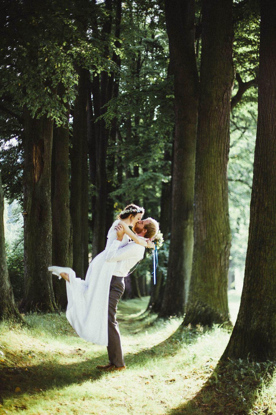 Edinburgh Alternative Wedding Photographer   Nature Photoshoot Elopement   Ceranna Photography