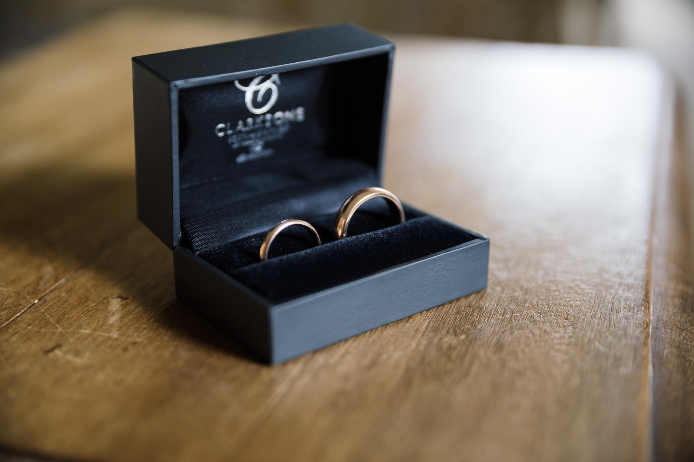 Claptos Wedding Rings