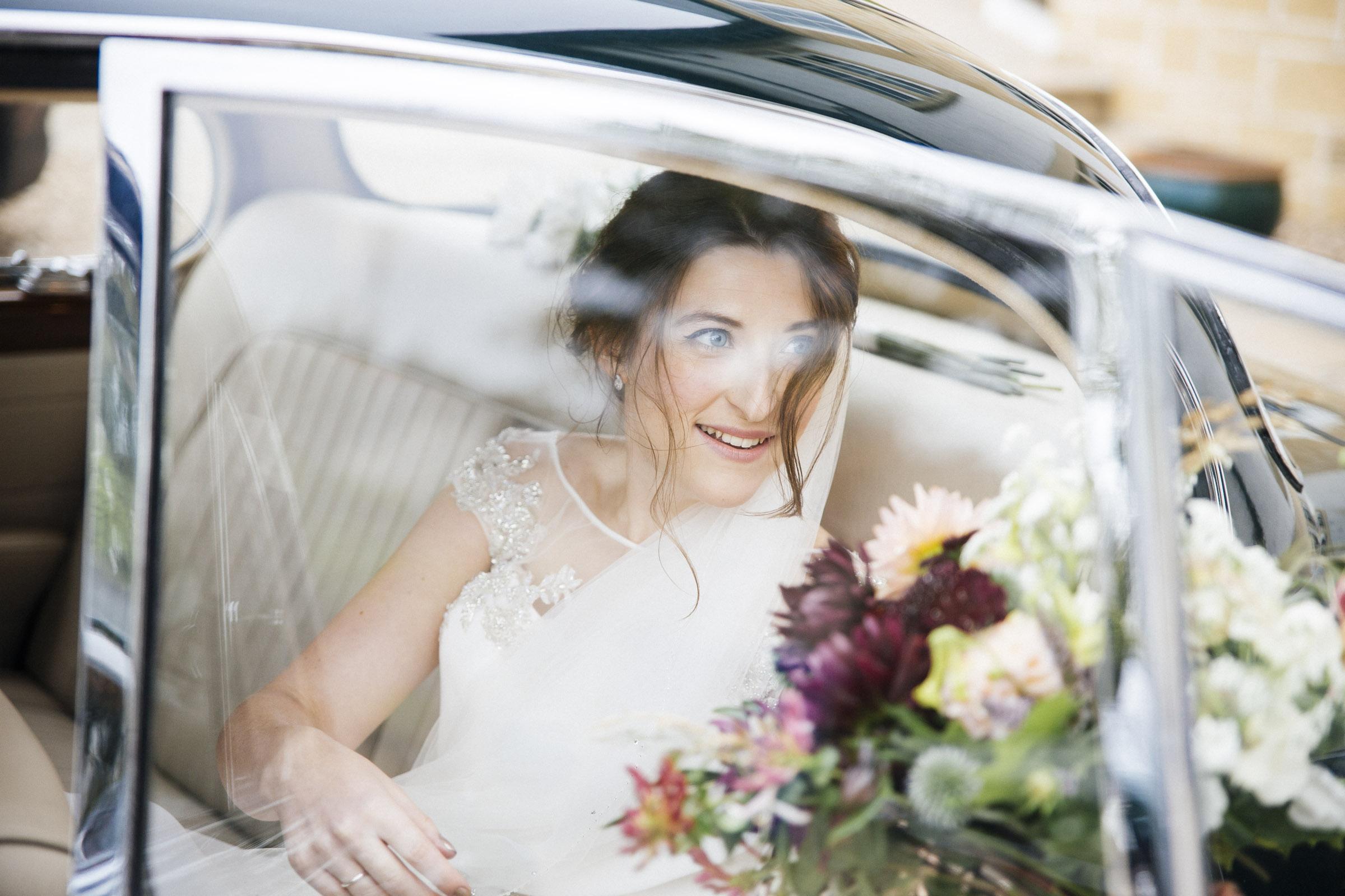 Scottish Wedding at Kirknewton Stables by Ceranna Edinburgh Wedding Photographer