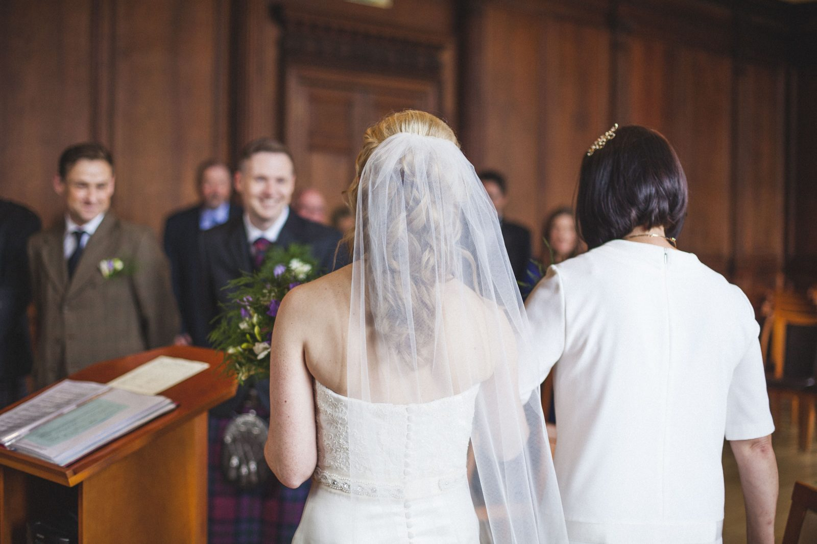 Intimate Scottish Wedding at Lothian Chambers by Ceranna Photography | Edinburgh Wedding Photographer