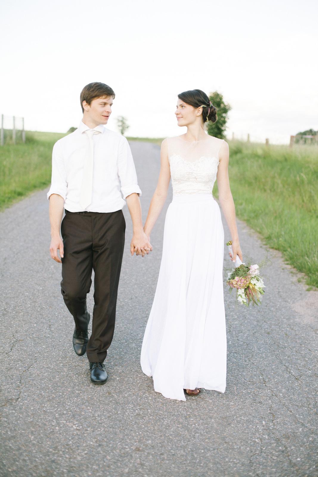 Bohemian Summer Countryside Wedding Photoshoot by Ceranna Photography - Scottish Alternative and Destination Wedding Photographer | Česká svatba