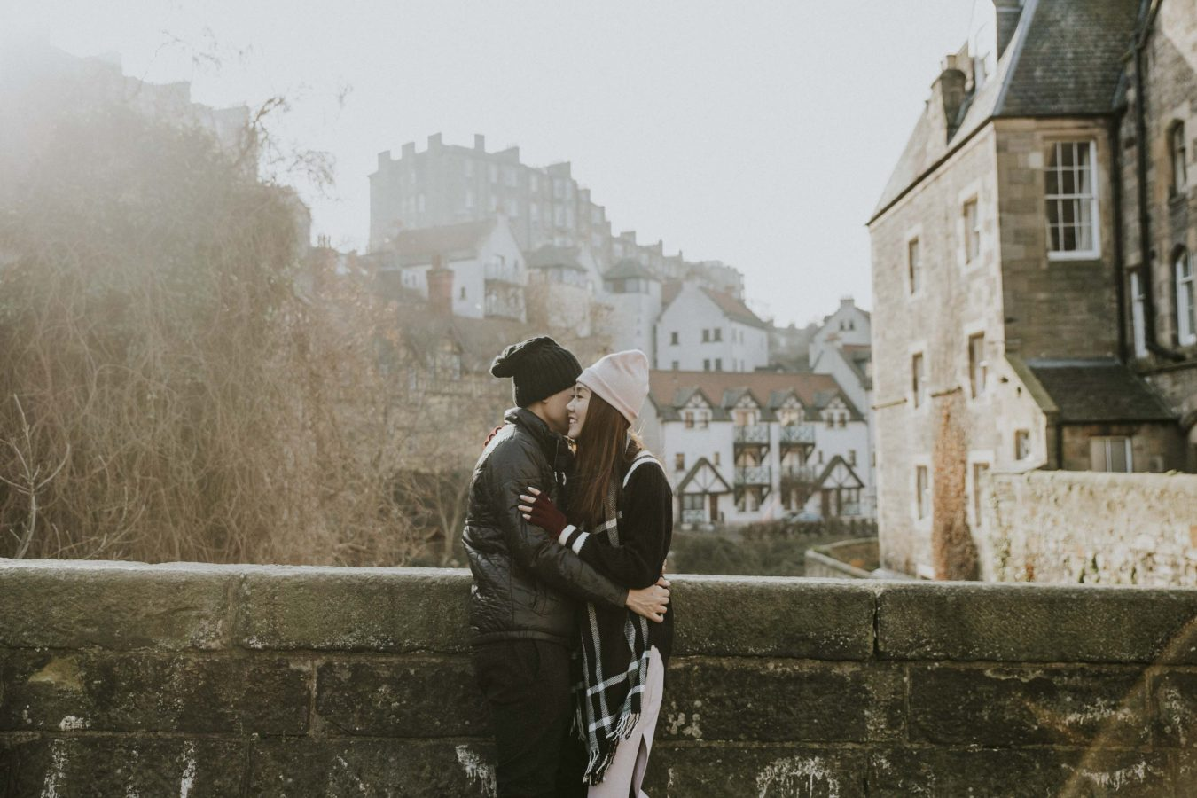 Edinburgh Honeymoon Couple Photo Session | Casual Engagement Photoshoot | Edinburgh Holiday Photos by Ceranna Photography