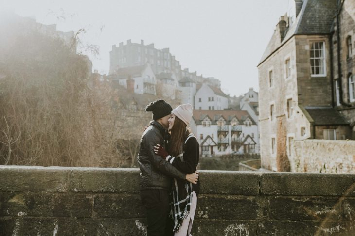 Edinburgh Honeymoon Couple Photo Session | Casual Engagement Photoshoot | Edinburgh Holiday Photos by Ceranna Photography