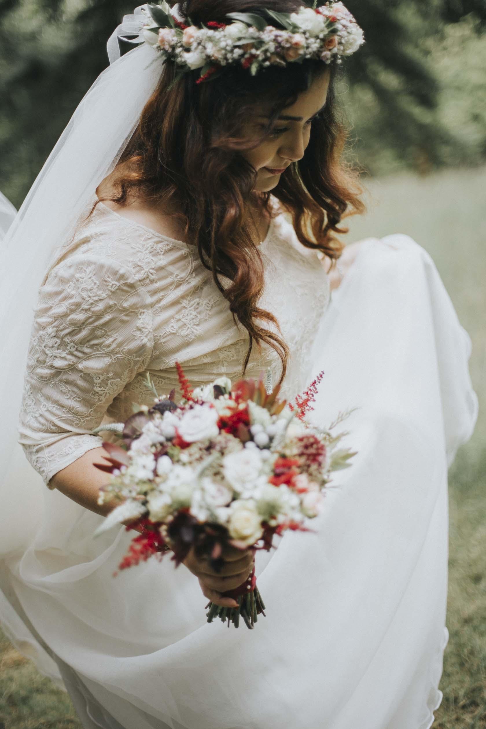 Culcreuch Castle Wedding | Scottish Wedding Photographer | Ceranna Photography | Alternative Photographs | Scottish Elopement | International Couple | Burgundy Colour Scheme