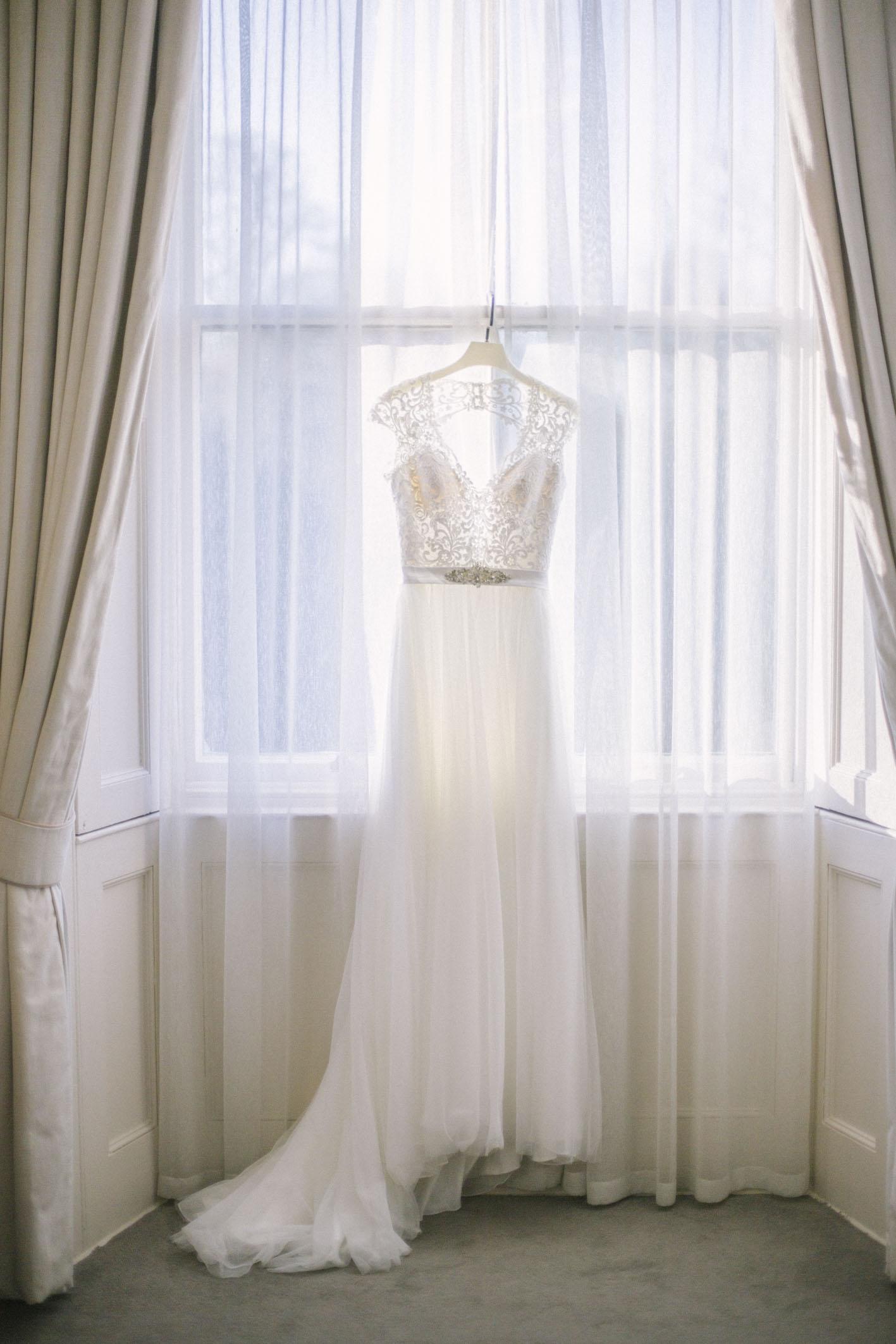 Elegant Winter wedding at Balbirnie House captured by Edinburgh Wedding Photographer Ceranna Photography