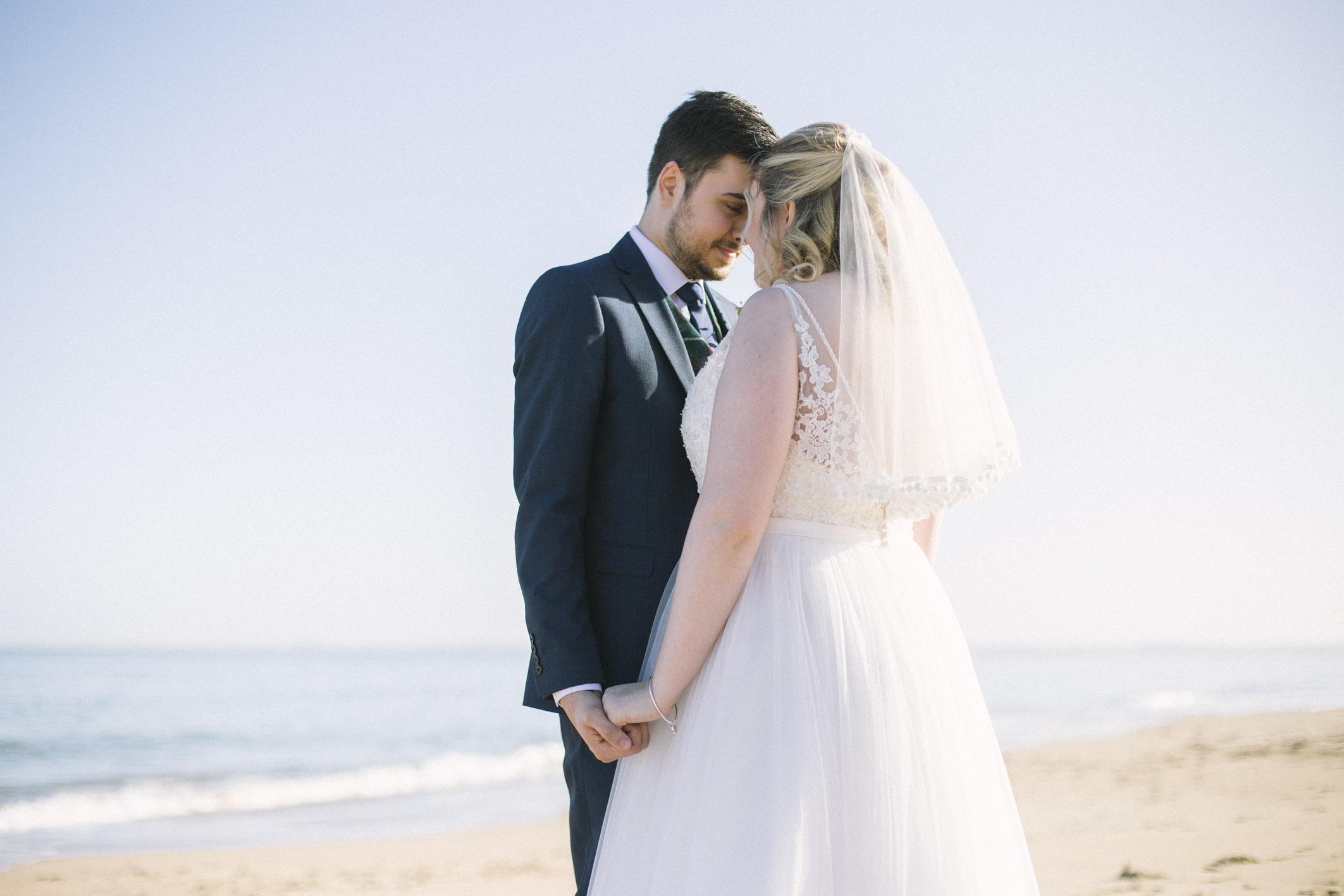 Dornoch Wedding Photography | Scottish Photographer | Alternative Photos | Ceranna Photography | intimate elopement | beach wedding | east coast scotland