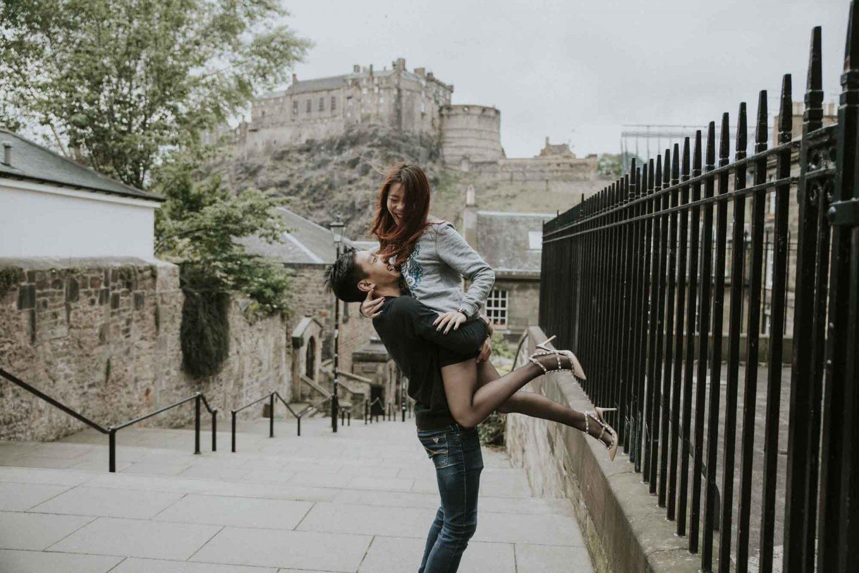 Edinburgh Couple Photoshoot | Edinburgh Castle Engagement Photography by Ceranna