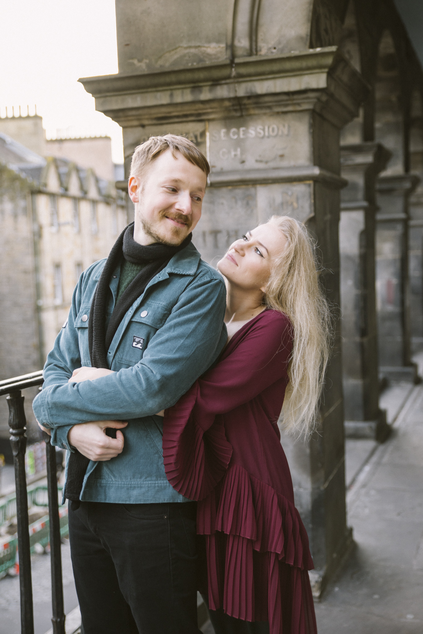 Lovers in Edinburgh, Scottish Proposal, Victoria Street, Wedding Photography, Romantic Edinburgh Street Old Town Couple Photoshoot | Pre Wedding Photography | Engagement Portraits Scotland | Destination Elopement | Elope in Edinburgh | Couple | Ceranna Photography | Romantic Natural Light Photographer