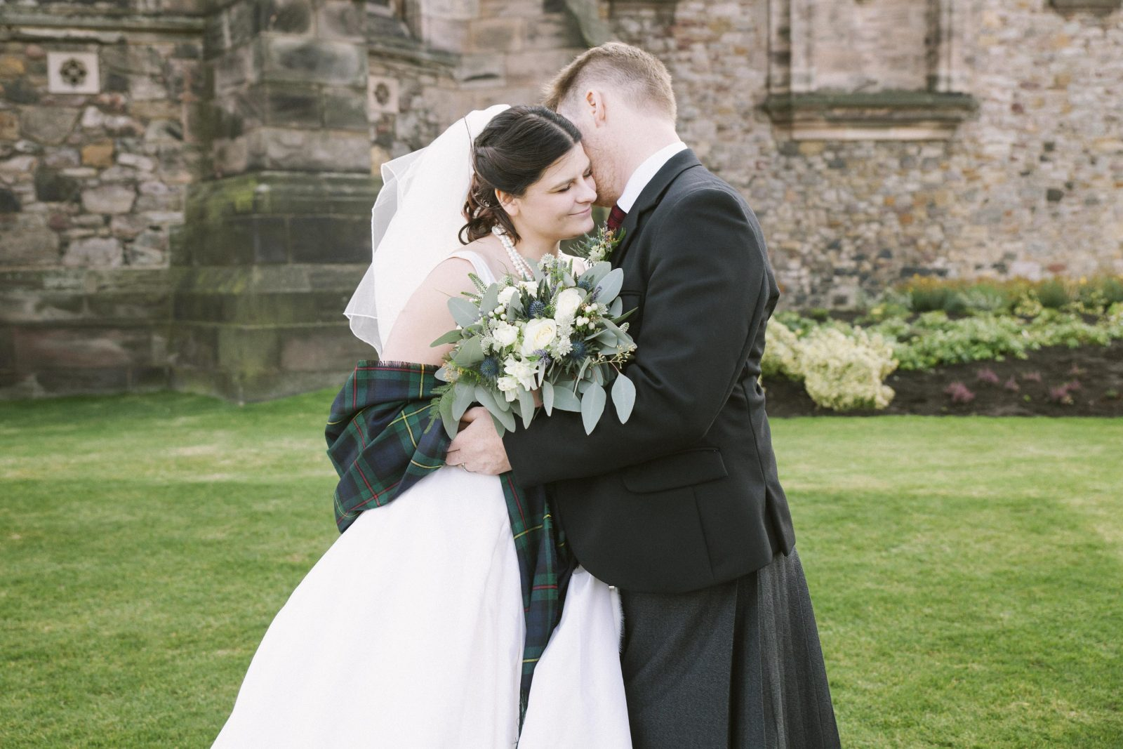 American Destination Elopement in Edinburgh