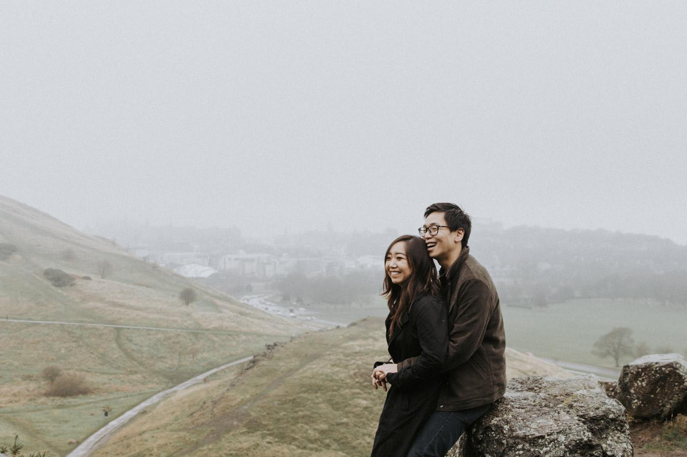 Relaxed Edinburgh Couple Photoshoot in rain