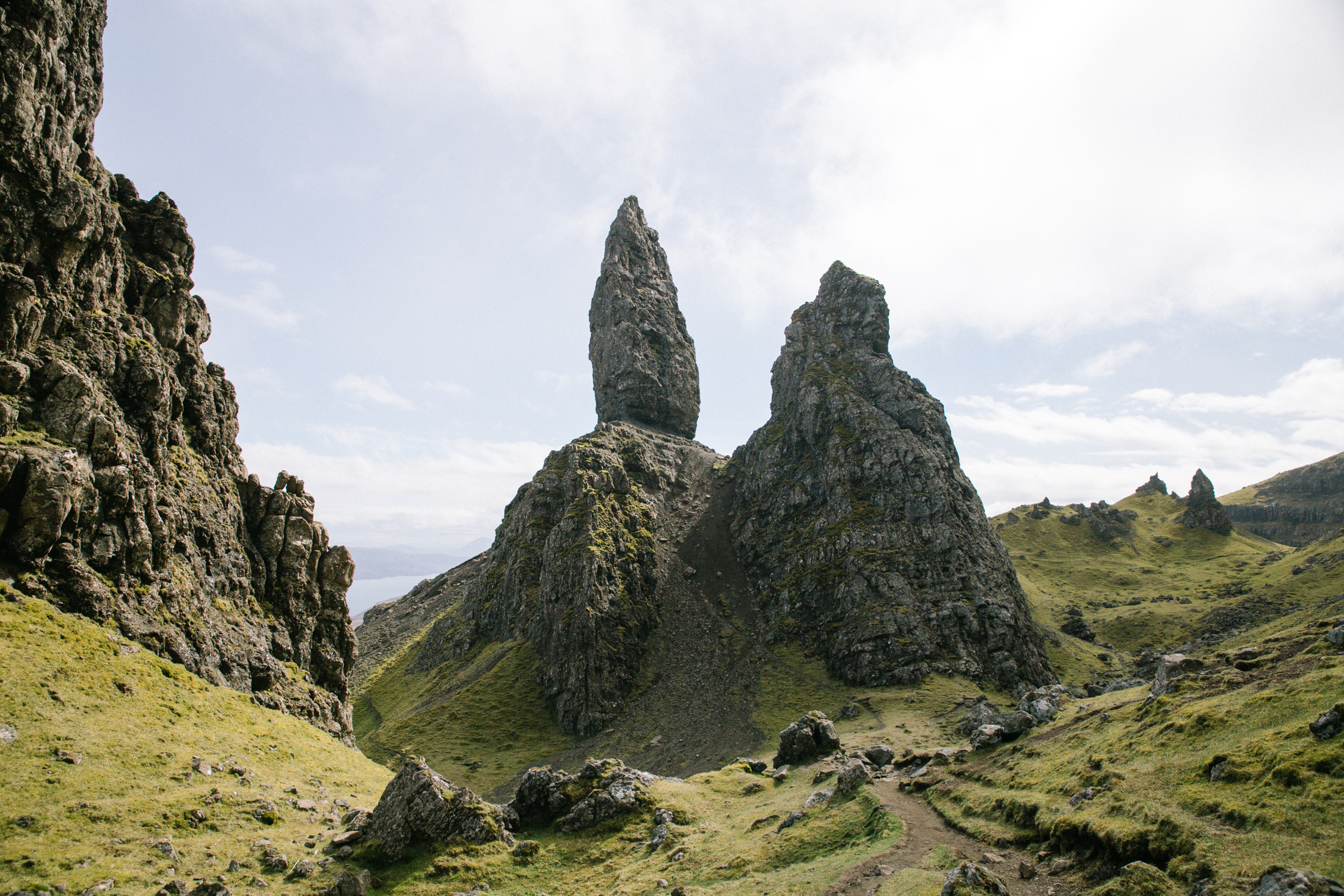 Old Man of Storr - Isle of Skye Elopement Photography | Scotland alternative Wedding Photographer