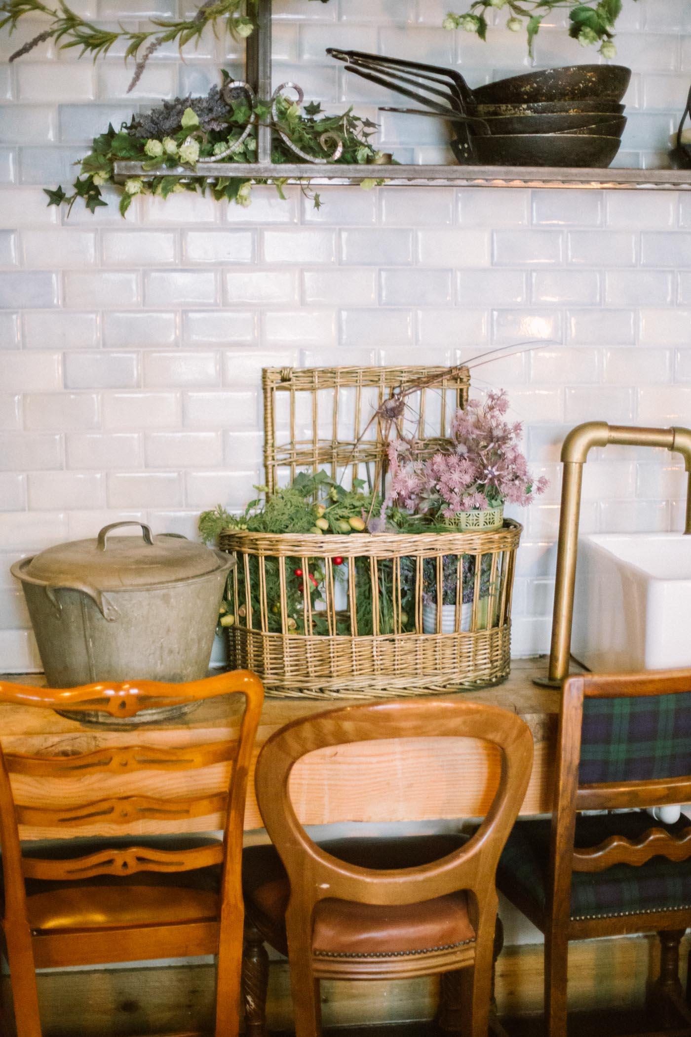 Bothy Glasgow | Rustic intimate wedding venue interior