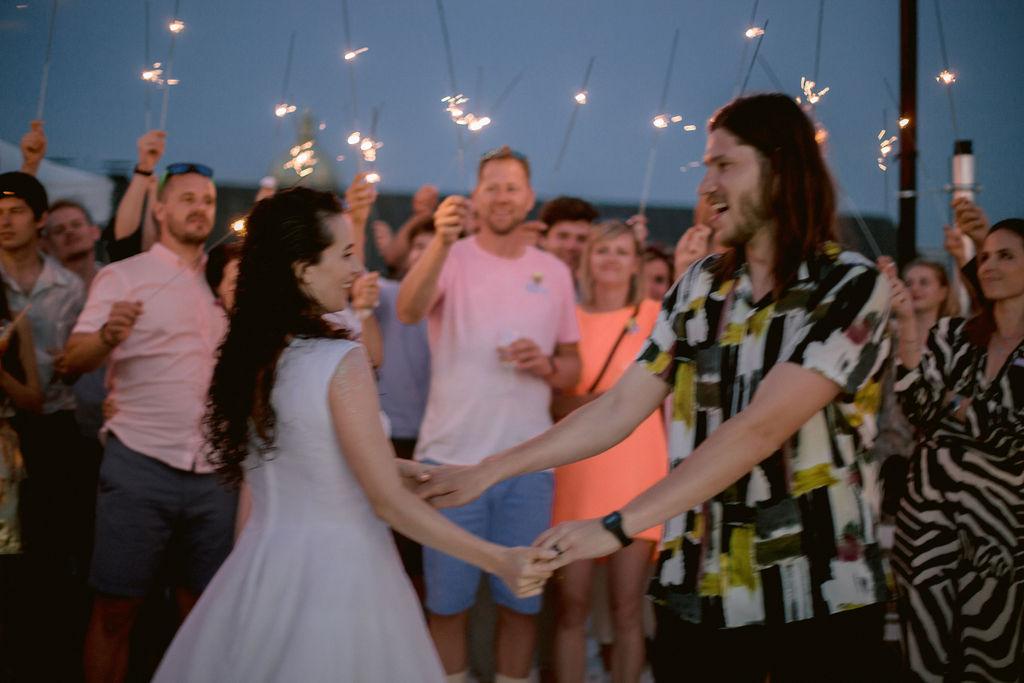 Prague Rooftop wedding | Linda & Marcell svatba na střeše Lucerny