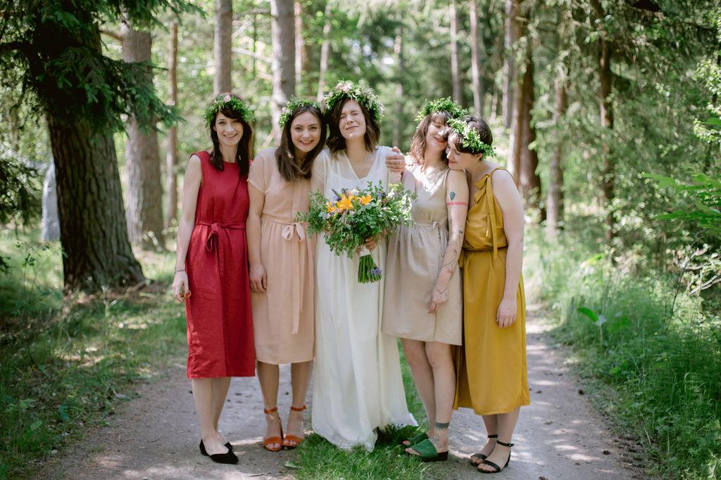 Czech forest wedding | Woodland wedding ceremony