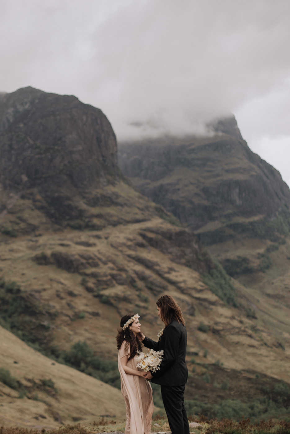 Scotland Elopement - Glencoe Adventure Elopement