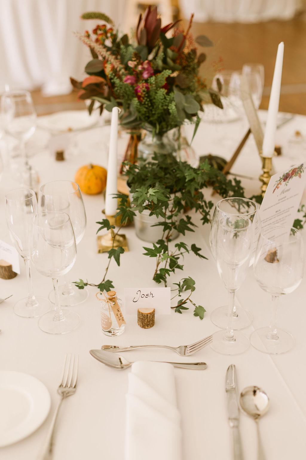 Ivy and pumpkin wedding centre piece inspiration | fall wedding inspo | wooden block centre pieces