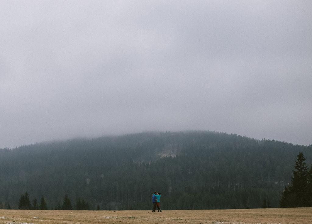 zásnubní focení v horách   rande v lese