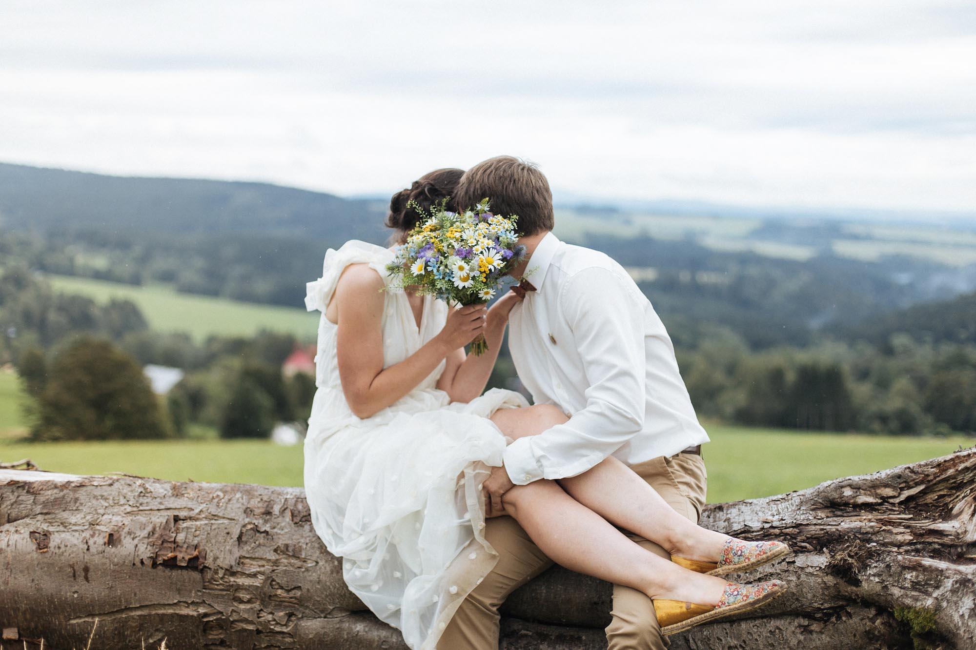 Klárka a Ondra - kávou inspirovaná svatba v Orlických horách od Ceranna Photography (118 of 145)